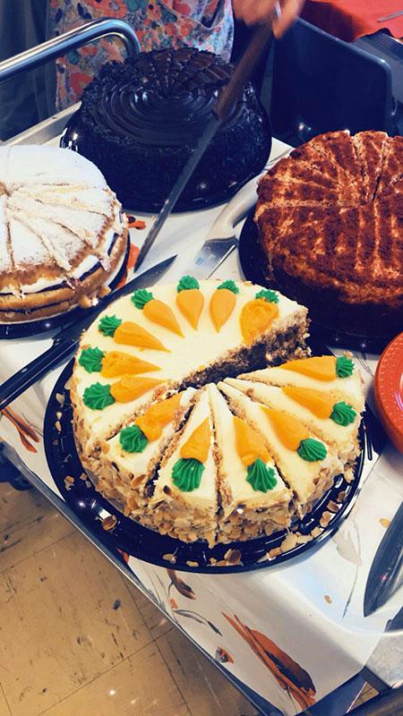 tea-party-for-seniors-cakes