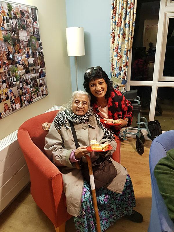 tea-party-for-seniors04