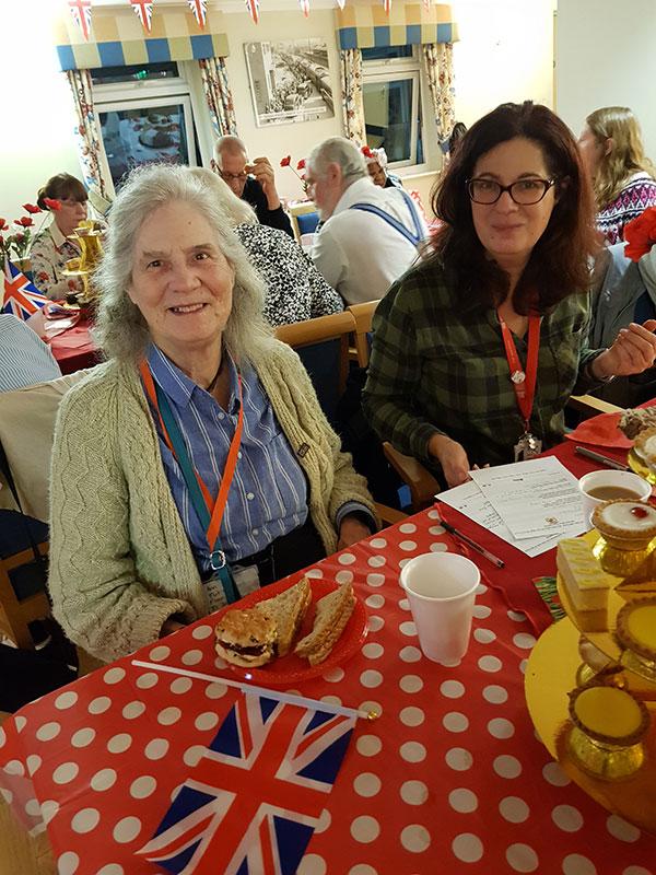 tea-party-for-seniors06