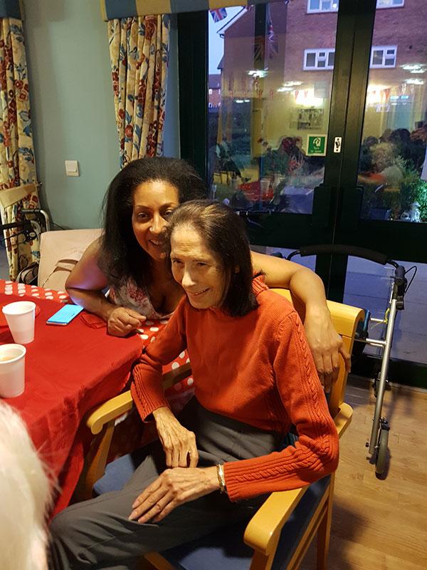 tea-party-for-seniors07