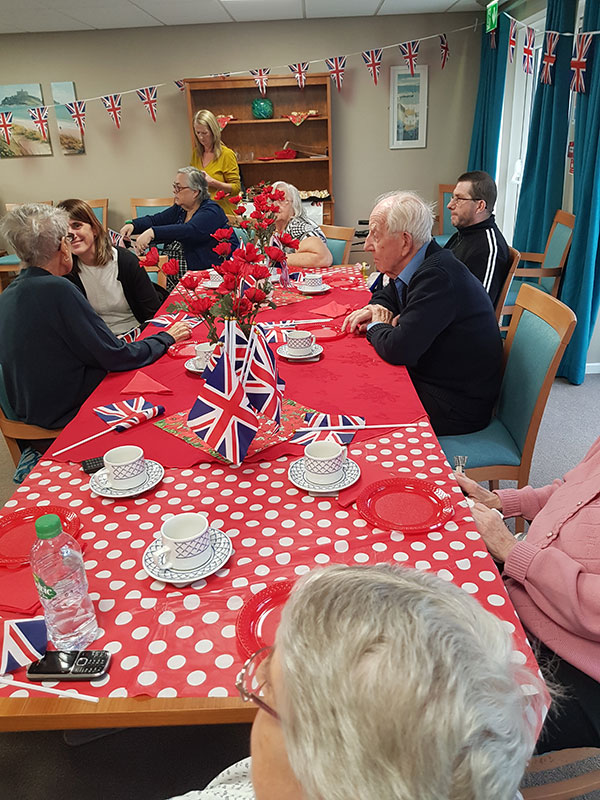 tea-party-for-seniors18