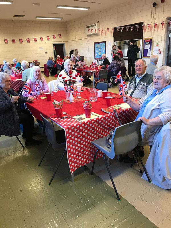 tea-party-for-seniors22